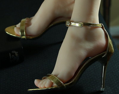 Sexy High Arched Feet photo 16