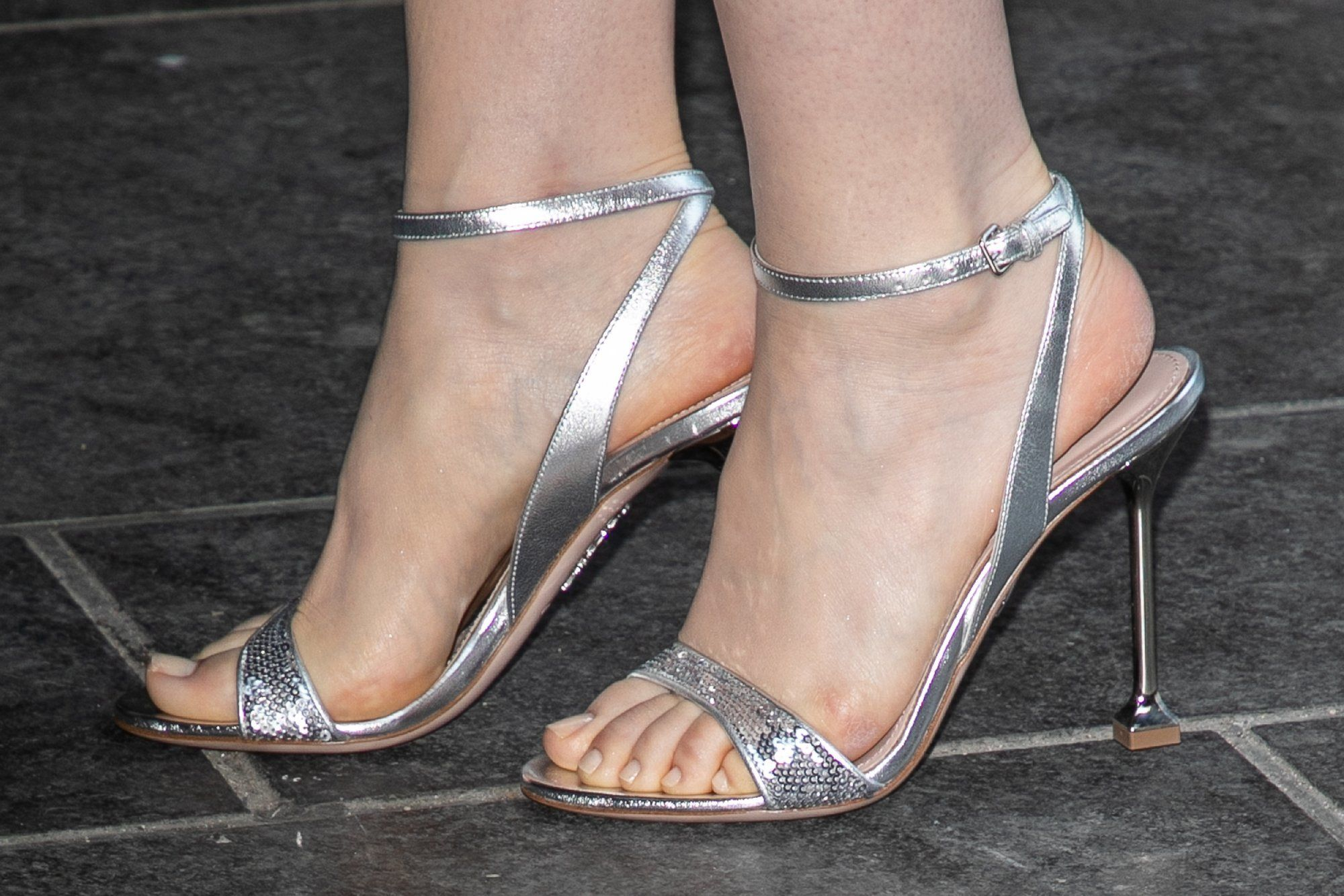 Lilly Collins Feet photo 16