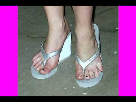 Britney Spears Soles photo 21