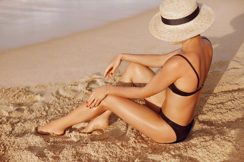 Hot Tanned Legs photo 28