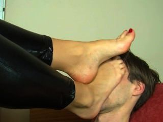 Foot On Face Porn photo 9