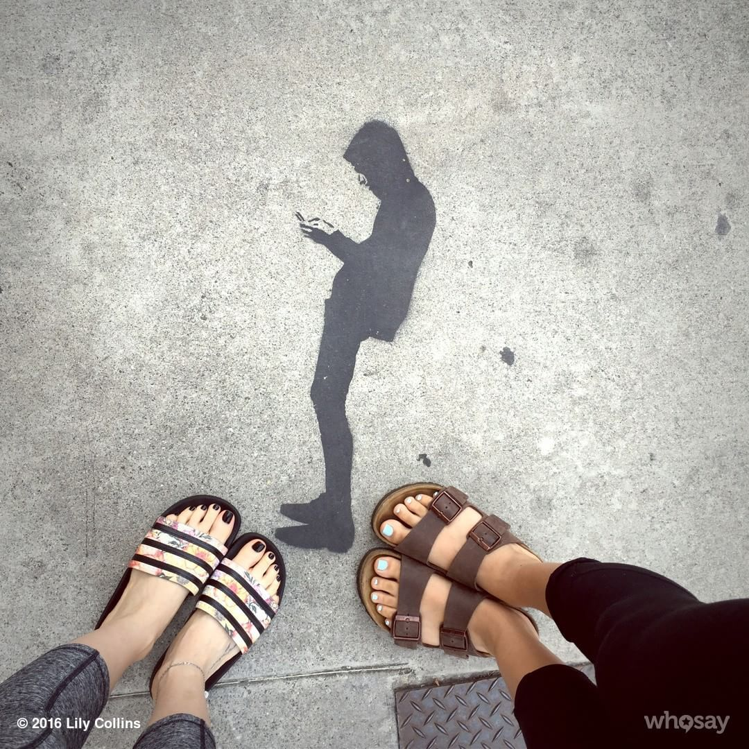Lilly Collins Feet photo 13