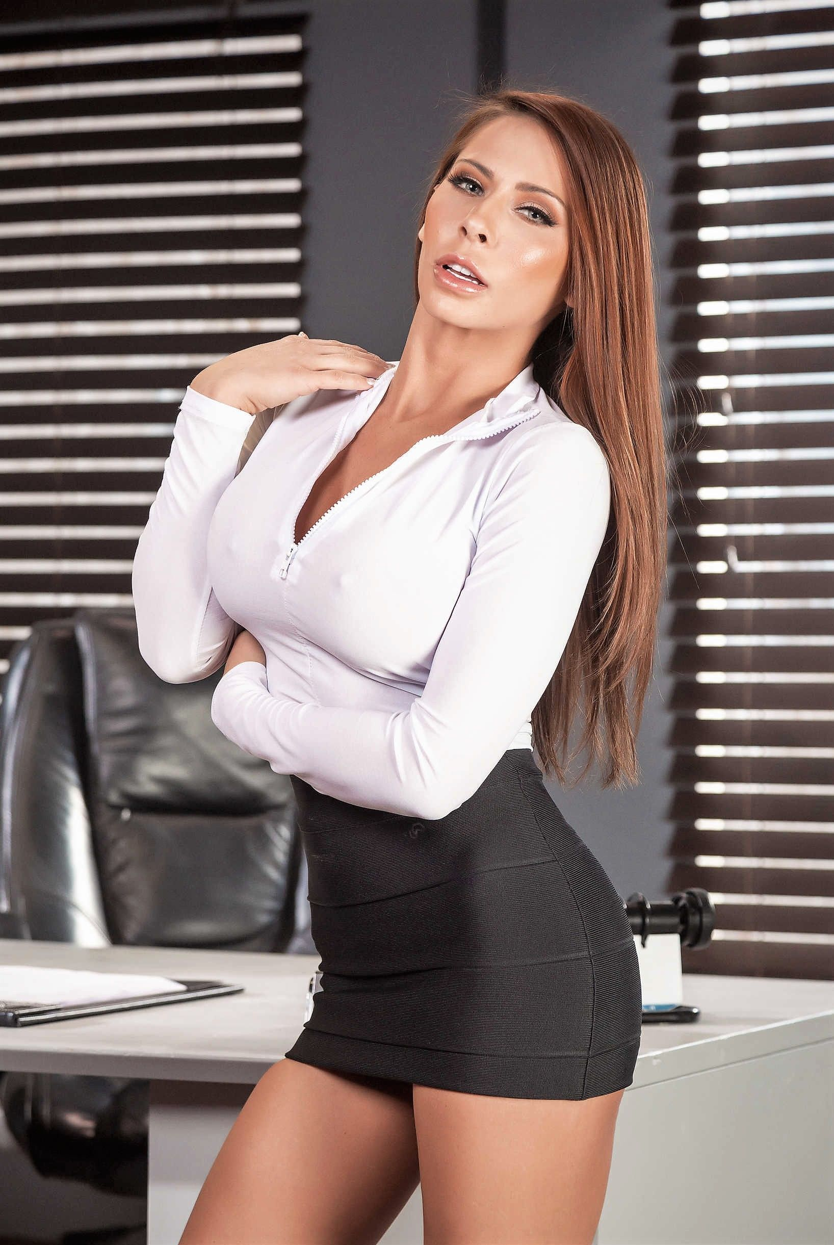 Madison Ivy Pictures photo 1